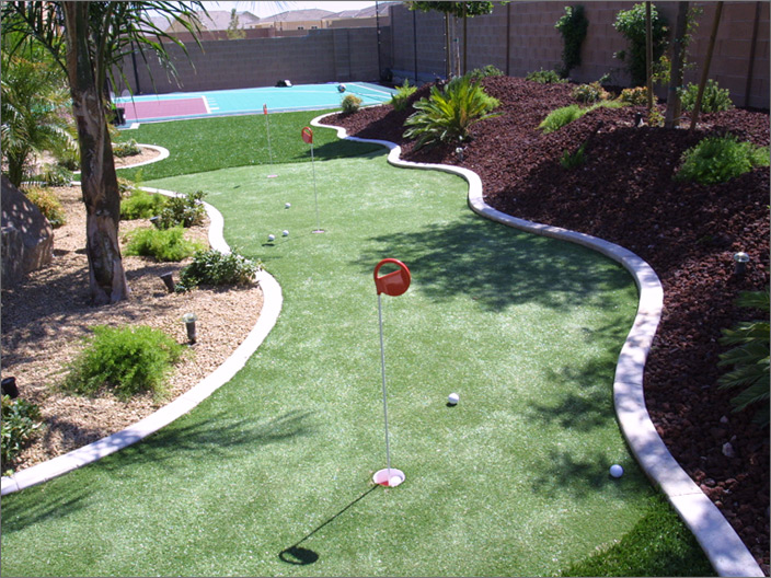 Putting Green & Basketball Court